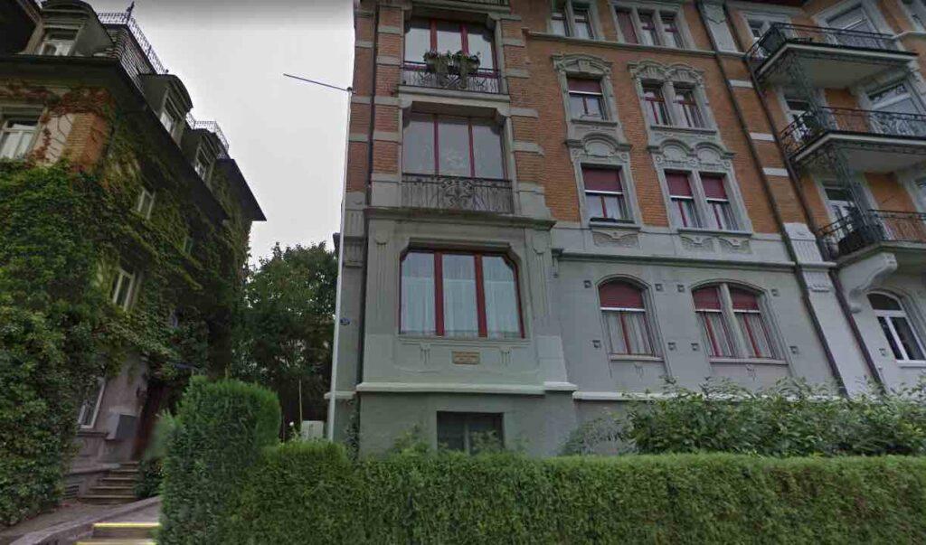 39 rue de Burgstrasse dans la ville de Sankt Gallen en Suisse.